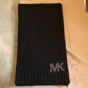 Black wool Michael kors scarf
